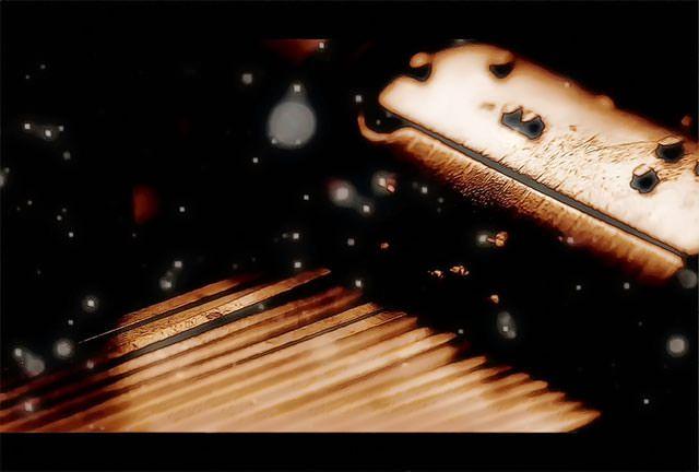 【歌入り無料音楽素材】マッタリ癒し系の女性ボーカル入りフリーBGM「思い出のオルゴール」のaum* さんバージョン